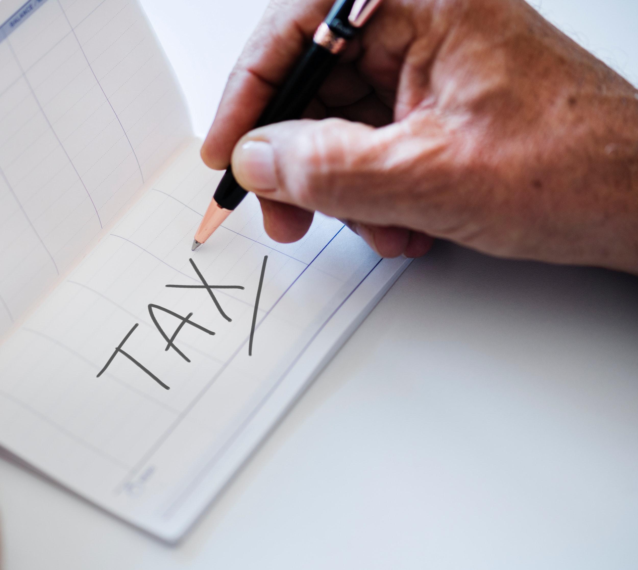 accounting-finance-hand-921783